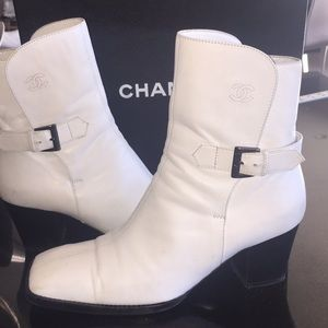 CHANEL WHITE ANKLE BOOTS🎊2xHP
